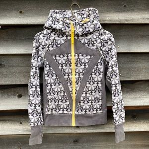 Ivivva flower patterned zippered sweater with hood